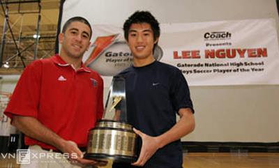 Lee Nguyễn và cú điện thoại định mệnh từ Klinsmann