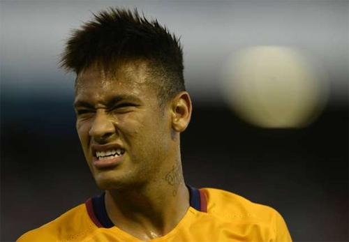 Neymar tiết lộ cuộc nói chuyện bí mật với Man Utd
