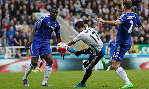 Newcastle 2-2 Chelsea: Thoát thua nhờ 'canh bạc' của Mourinho