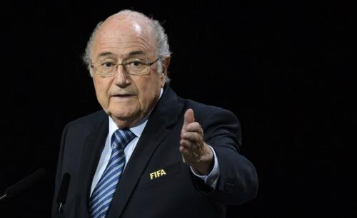 Blatter minh oan cho Platini vụ nhận hai triệu đôla