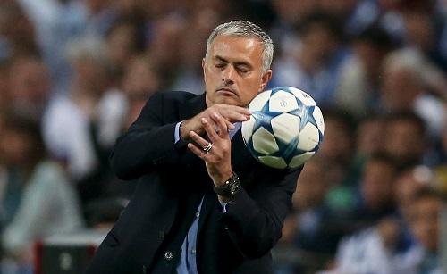 Mourinho: 'Chelsea thua vì hai sai lầm nực cười'