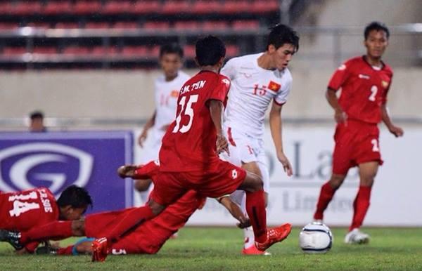 U19 Việt Nam (áo trắng) hoàn thành mục tiêu giành vé dự VCK U19 châu Á. Ảnh:Phương Anh/thethaovietnam