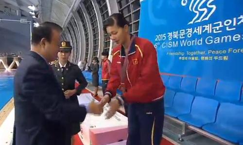 Ánh Viên giành HC đầu tiên ở giải quân sự thế giới 2015