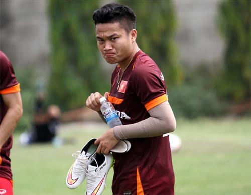 Phi Sơn và Văn Thắng bị loại trước trận đấu với Thái Lan