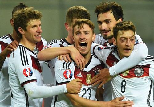 Đức vất vả giành vé dự Euro 2016