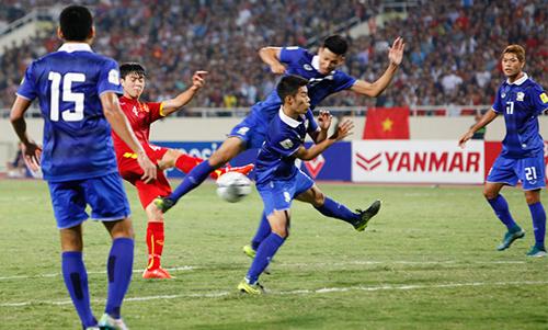 Kiatisuk bất ngờ vì thắng đậm tuyển Việt Nam