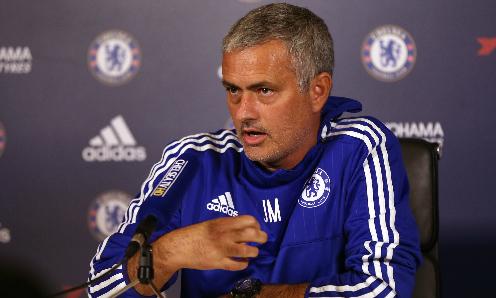Mourinho gọi án phạt mới nhất là 'sự sỉ nhục'