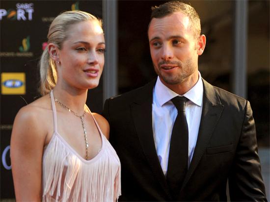Dư luận Nam Phi đánh giá rằng Pistorius được xử nhẹ bởi anh là nhân vật nổi tiếng. Ảnh: AP.