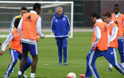 mourinho-doi-thu-khong-con-so-chelsea