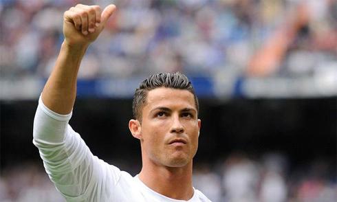 Real soán ngôi đầu trong ngày Ronaldo phá kỷ lục của Raul