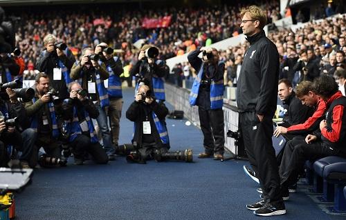 Muôn mặt Klopp trong trận đầu dẫn dắt Liverpool