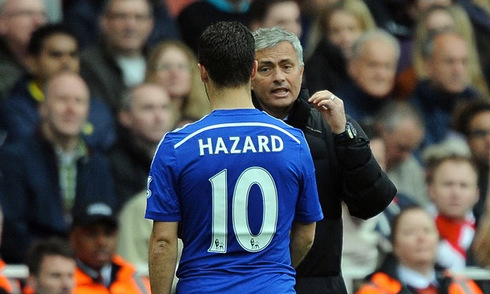 Mourinho lý giải việc gạt Hazard khỏi đội hình chính