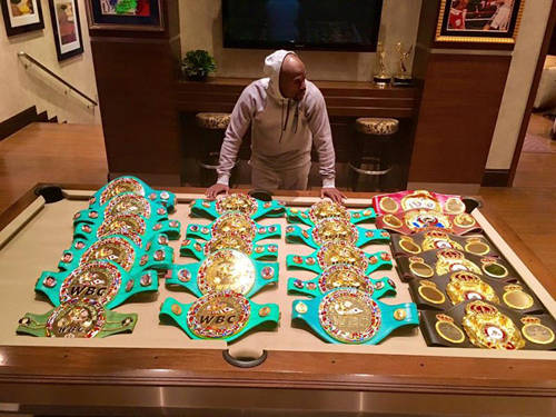 mayweather-khoe-chien-tich-hoanh-trang