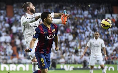 Trọng tài bị buộc phải thiên vị Real trong trận El Clasico