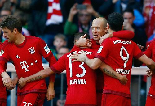 Bayern thắng trận thứ 1.000 tại Bundesliga