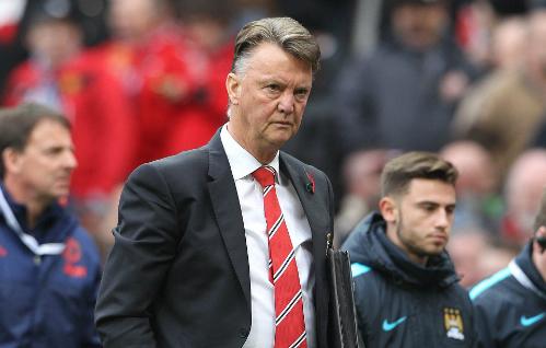 Van Gaal đòi phạt đền cho Man Utd