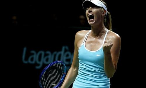 Sharapova, Halep thắng trận đầu tiên tại WTA Finals