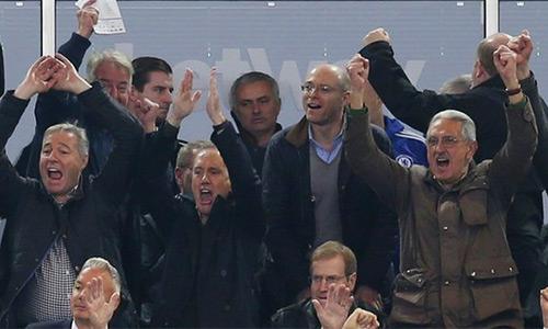 Mourinho bị cấm chỉ đạo và nộp tiền phạt