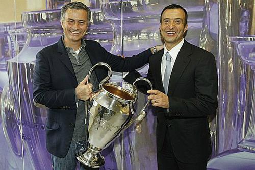 Jorge Mendes: 'Không có chuyện Mourinho rời Chelsea'