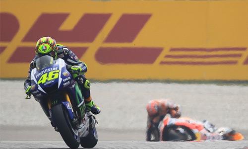Rossi bị bác đơn xin hoãn án phạt, xuất phát cuối ở GP Valencia