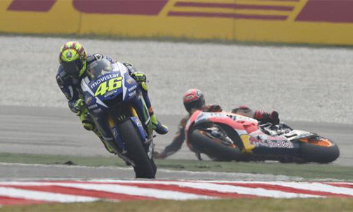 Honda xuống thang với Valentio Rossi trước MotoGP Valencia