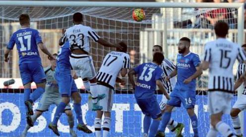 Juventus thắng trận liên tiếp, leo lên nửa trên Serie A
