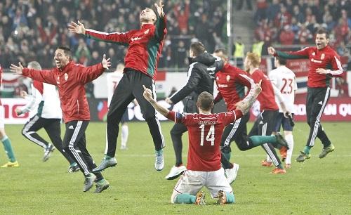 Hungary giành vé dự Euro sau 44 năm