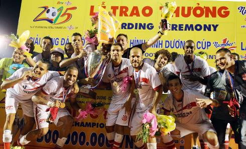 Đội bóng Brazil vô địch BTV Cup