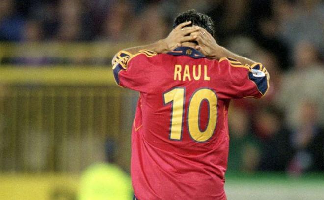 Raul Gonzalez: Từ viên ngọc thô thành 'Chúa Nhẫn' - ảnh thể thao