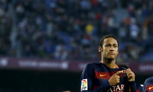 Cha Neymar ra điều kiện để con trai tiếp tục đá cho Barca