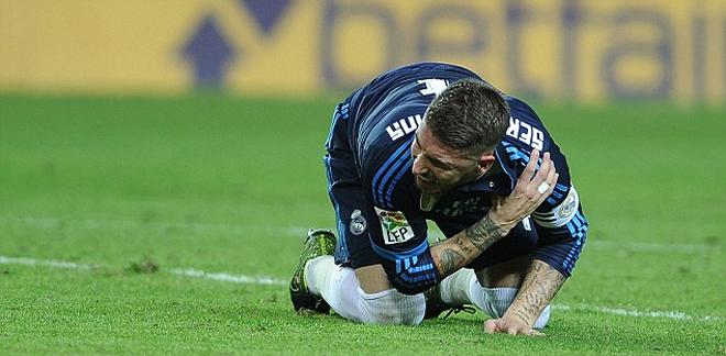 Sergio Ramos khoe con trai - ảnh thể thao