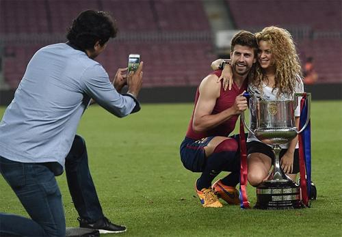 Pique và ca sĩ Shakira bị nghi lộ clip sex