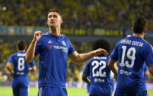Thắng tưng bừng, Chelsea lên đầu bảng Champions League