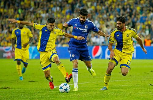 Mourinho và Costa đấu khẩu giữa trận gặp Maccabi