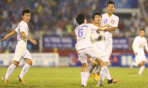 HLV U21 HAGL chê Công Phượng, trách U21 Việt Nam