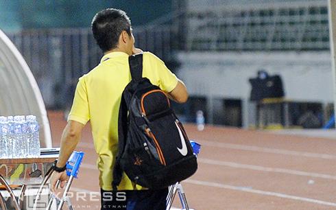 Vì sao HLV U21 Việt Nam bị đồng đội cũ ví như bó rau muống 500 đồng