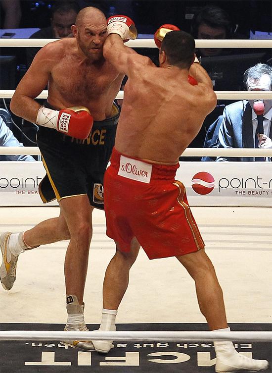 Fury thắng Klitschko, vô địch quyền anh hạng nặng thế giới - ảnh thể thao