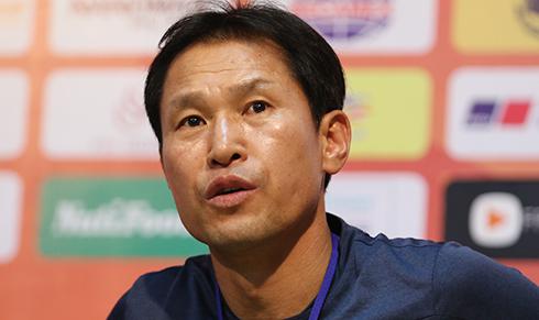 HLV U19 Hàn Quốc: 'U21 HAGL không chỉ có mỗi Công Phượng'