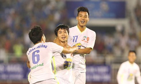 U21 HAGL 1-0 U21 Hàn Quốc: Công Phượng lại ghi siêu phẩm (Hết H1)
