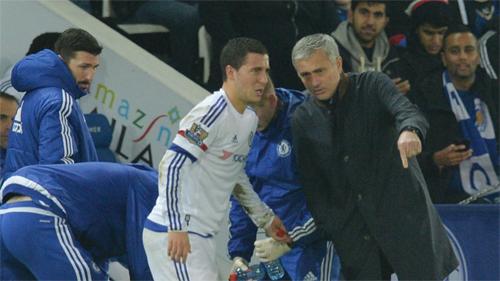 Mourinho: 'Hazard đã tự quyết định rời sân'