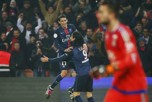 Cavani đưa PSG vào tứ kết Cup liên đoàn Pháp