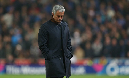 Chelsea sa thải Jose Mourinho
