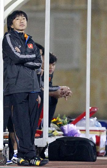 Miura muốn U23 Việt Nam tiếp tục chơi bóng dài