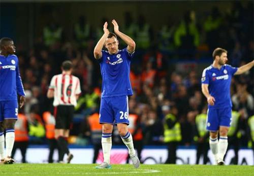 Terry: 'Một số cầu thủ Chelsea đáng bị sa thải'