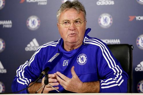 Hiddink: 'Tôi không nên đến Chelsea'
