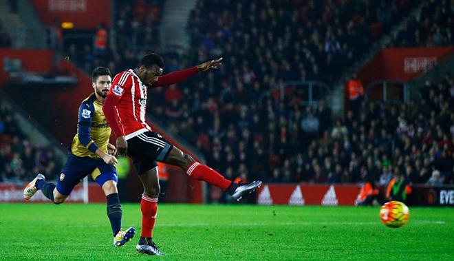 Cầu thủ lập siêu phẩm vào lưới Arsenal là ai - ảnh thể thao