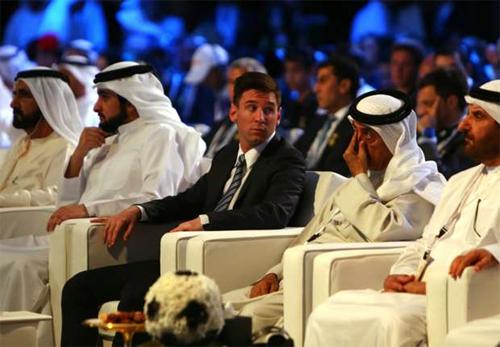 Messi lên ngôi tại lễ trao giải Bóng đá Toàn cầu