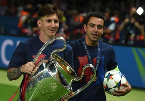 Xavi: 'Ronaldo, Neymar, Suarez rất tuyệt, nhưng vẫn kém Messi'