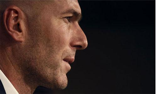Cựu HLV đội tuyển Pháp cảnh báo Zidane không phải là thiên thần
