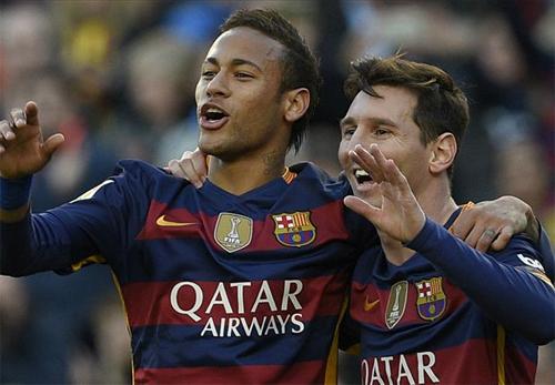 Messi lập hat-trick, Barca giành lại vị trí dẫn đầu Liga